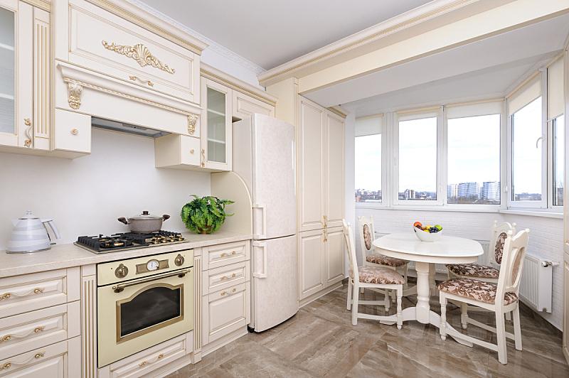 华贵,厨房,极简构图,米色,抽油烟机,冰箱,摩尔多瓦共和国,炊具,燃气灶,椅子