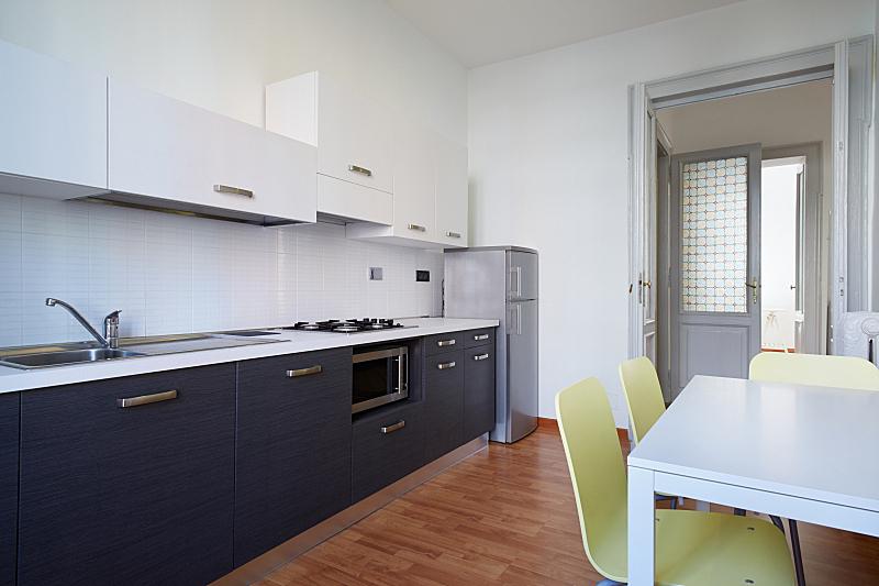 现代,厨房,褐色,新的,水平画幅,无人,椅子,家庭生活,微波炉,家具