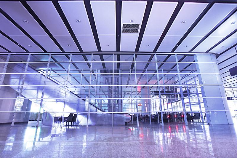 走廊,拱廊,窗户,水平画幅,建筑,无人,蓝色,钢铁,车站,室内