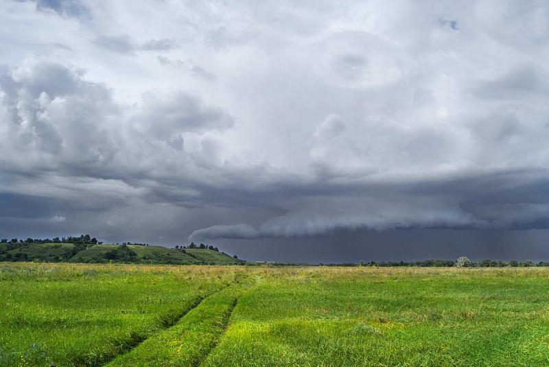 多云,山谷市,在上面,巨大的,季候风,积雨云,水平画幅,怪异,雷雨,靠近
