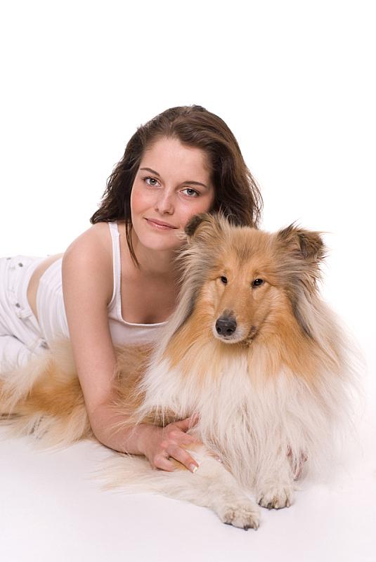 友谊,粗毛柯利狗,露肩式上衣,柯利牧羊犬,垂直画幅,风,美人,白人,18岁到19岁,青年人