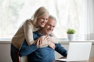 使用电脑,老年人,婚姻,乐趣,丈夫,家庭,妻子,技术,顾客,欢乐