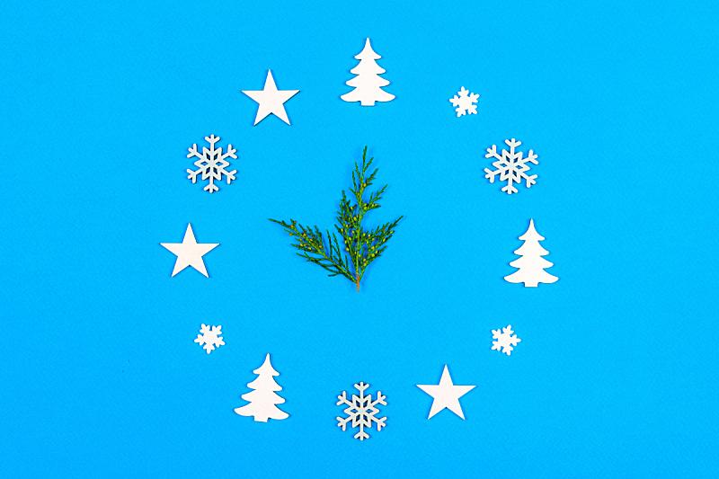 钟,新年前夕,圣诞装饰,概念,午夜,蓝色背景,五个物体,留白,出示,做