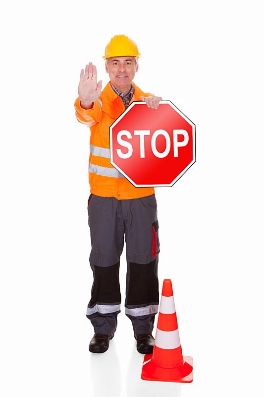 男人,停止手势,路锥,警卫人员,部分,背景分离,韧性,交通,一个人,橙色