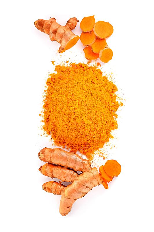 姜黄,根部,白色背景,研磨食品,垂直画幅,褐色,桌子,木制,无人,有机食品