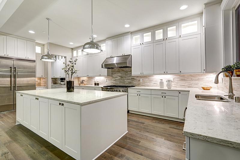 厨房,美味,白色,新的,水平画幅,无人,巨大的,天花板,家具,干净