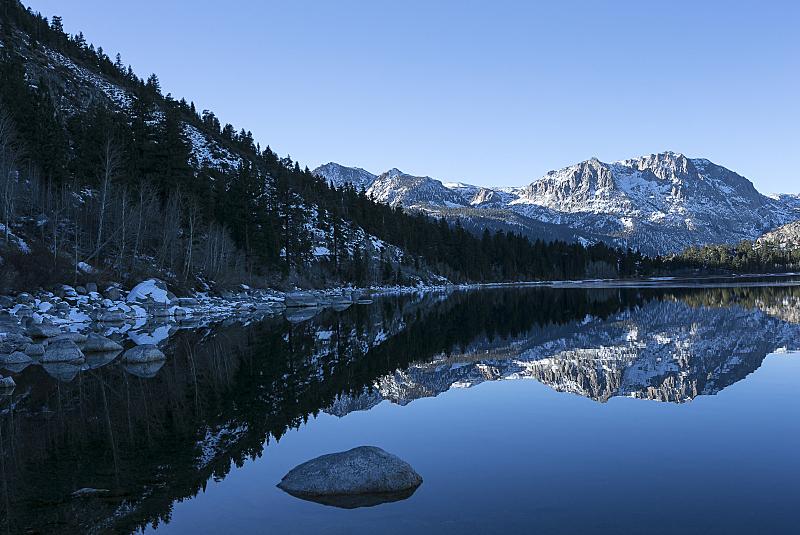 冬天,六月湖,早晨,水,水平画幅,无人,超现实主义的,户外,湖,齿状山脊