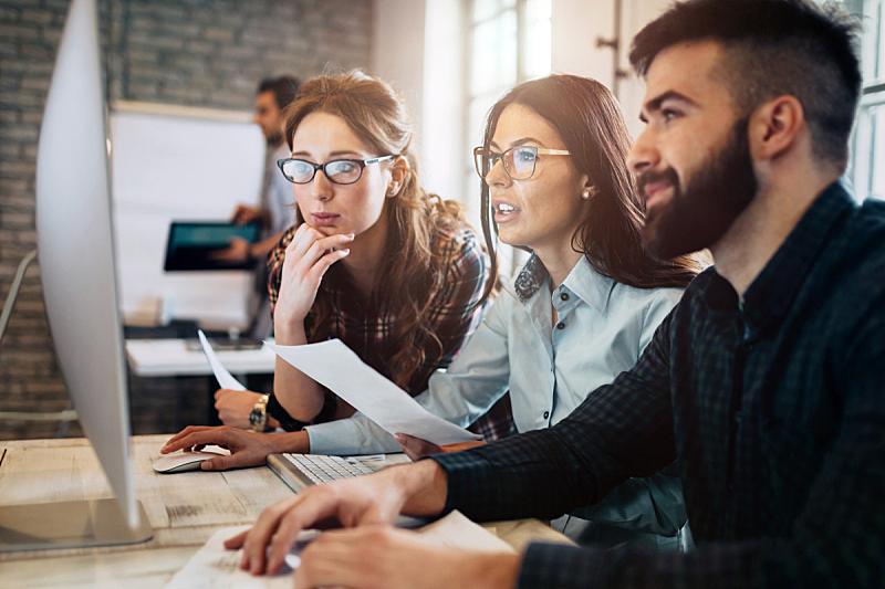 计算机软件,新创企业,职业,办公室,设计师,程序员,塞尔维亚黑山,市场营销,团队,脑风暴