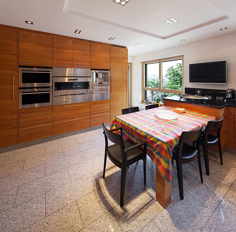 室内,厨房,宽的,新的,水平画幅,墙,无人,椅子,家庭生活,天花板