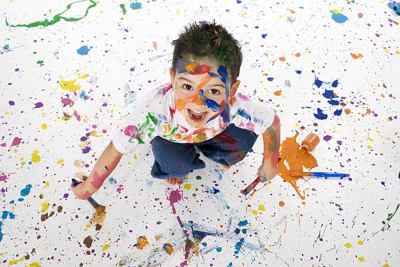 艺术家,新生活,学龄前,艺术,水平画幅,白人,彩色图片,男孩,休闲装