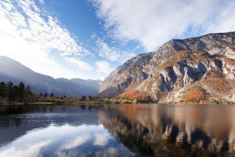 湖,山,lake bohinj,julian alps,水,水平画幅,无人,户外,静水,阳光光束