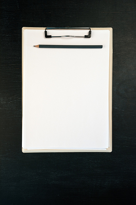 空白的,笔记本,铅笔,纸,写字板,个人随身用品,垂直画幅,办公室,留白,办公用品