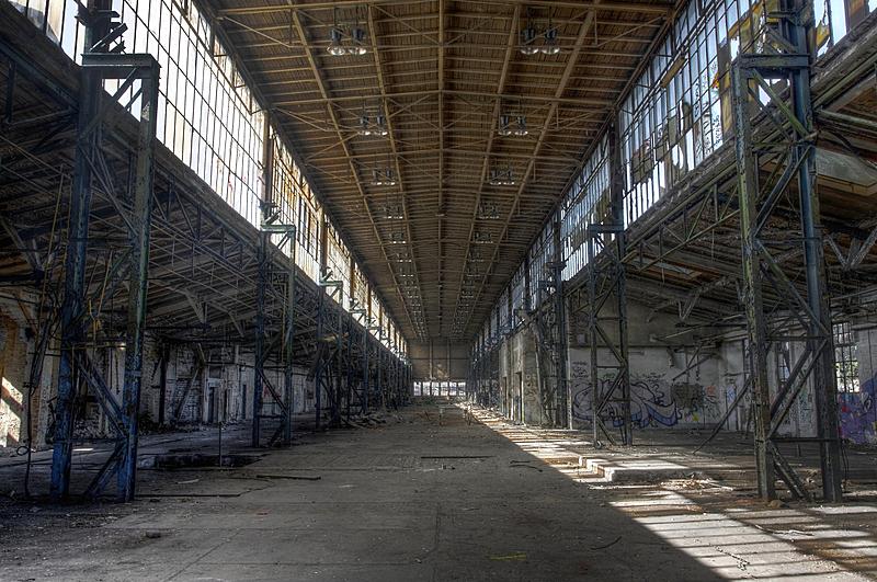 走廊,被抛弃的,长的,仓库,水平画幅,墙,工作场所,无人,砖墙,古老的