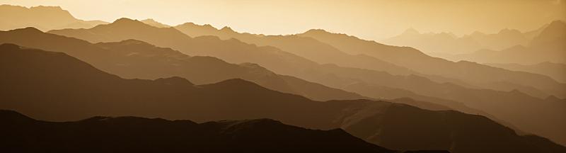 山脉,天空,高视角,早晨,夏天,气候与心情,都市风景,山脊,高处,黎明