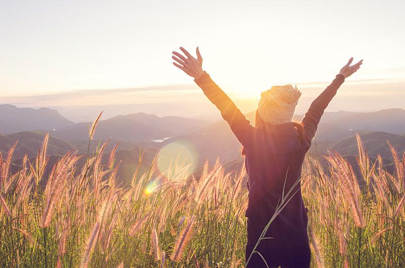 自由,自然,幸福,平和,白日梦,宁静,表现积极,深的,少女,生活方式
