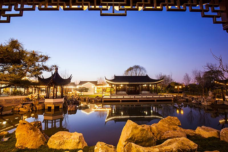 亭台楼阁,夜晚,传统,建筑,江南,特色服装,纸灯笼,水,公园,艺术