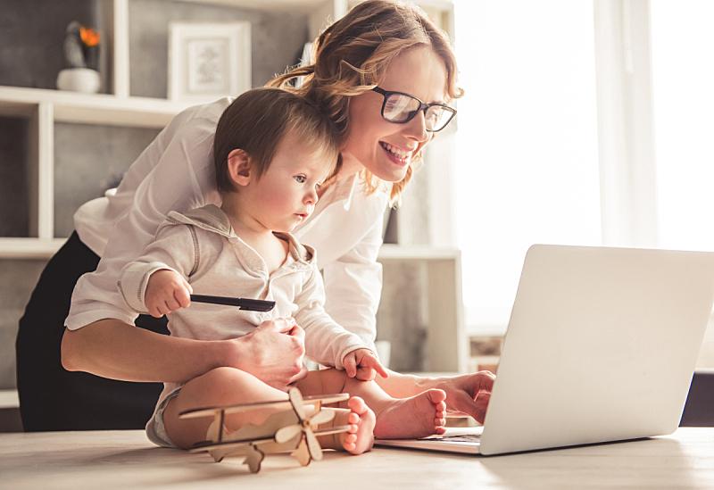母亲,商务,男婴,单身母亲,平衡,正式商务服装,儿子,婴儿,眼镜,计算机