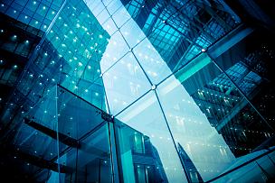 现代,办公大楼,玻璃,办公楼外观,钢化玻璃,摩天大楼,蓝色玻璃,蓝色背景,全球商务,正下方视角