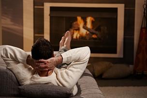 沙发,男人,舒服,火,脚悬空,毛衣,热,前面,无忧无虑,无法辨认的人