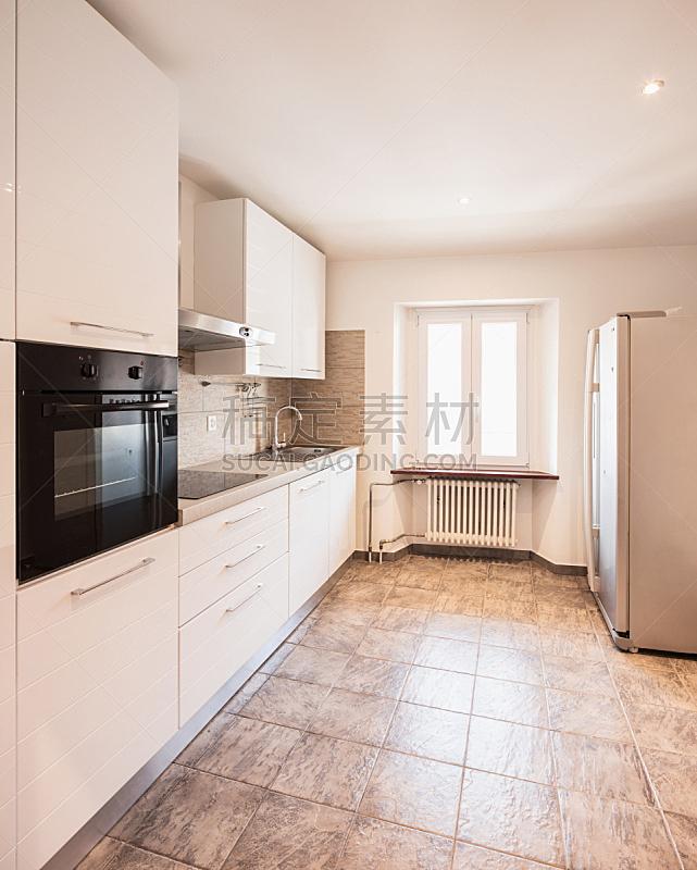 烤炉,厨房,白色,砖地,黑色,空的,冰箱,炊具,备餐间,微波炉