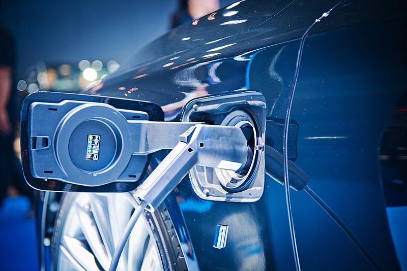 车用蓄电池,动物出击,电,平衡折角灯,电车,电动汽车,电动汽车充电站,电池,替代能源,替代燃料汽车