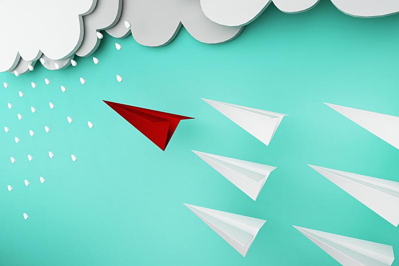 纸飞机,领导能力,红色,概念,雨,一个物体,现代,商业金融和工业,暴风雨,想法