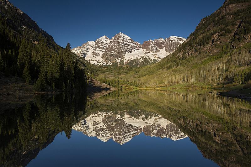玛尔露恩贝尔峰,山脉,水,公园,洛矶山脉,水平画幅,雪,无人,早晨,户外