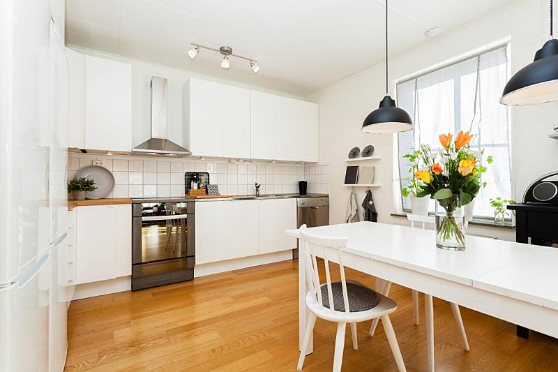 厨房,华丽的,厨房水槽,水平画幅,无人,椅子,硬木地板,玫瑰,干净,现代