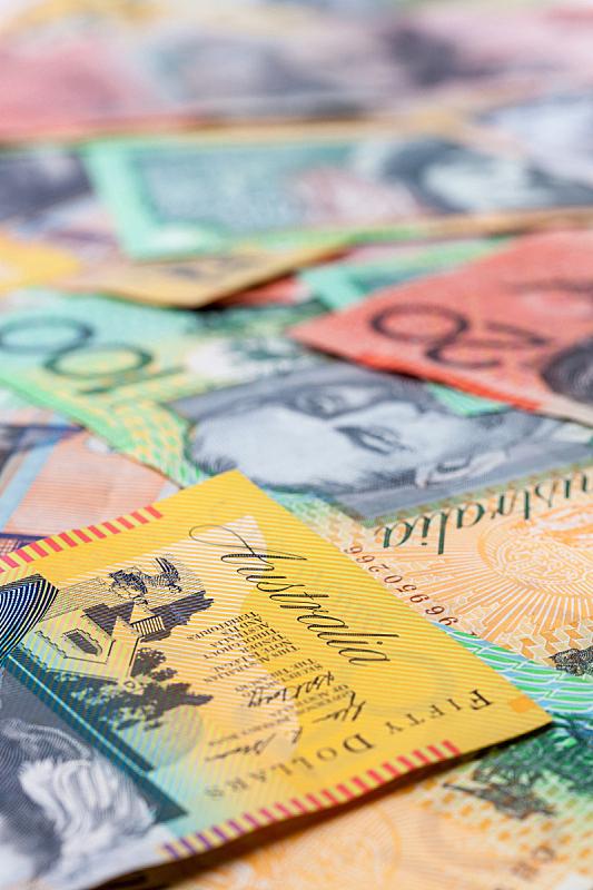 澳元,垂直画幅,储蓄,金融,银行业,金融和经济,商业金融和工业,2015年,帐单,大特写