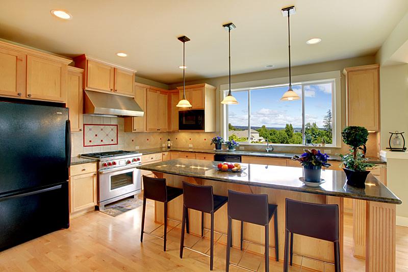 厨房,椅子,岛,木制,华贵,简单,窗户,住宅房间,水平画幅,吧椅