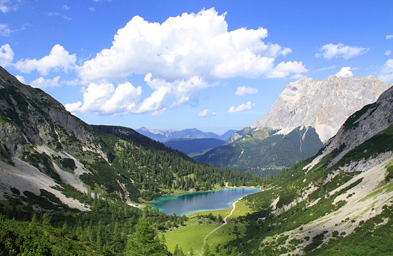 湖,阿尔卑斯山脉,自然,天空,水平画幅,绿色,无人,蓝色,户外,草