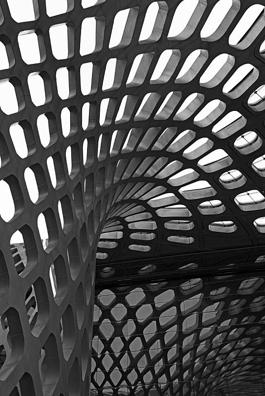 屋顶,垂直画幅,建筑,无人,抽象,格子,玻璃,时尚,金属,铁丝网
