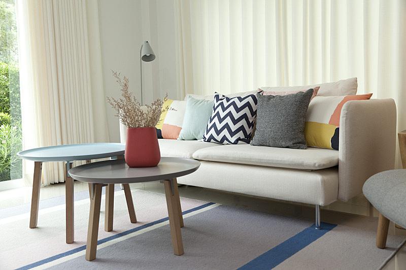 桌子,起居室,花瓶,茶几,沙发,新的,座位,水平画幅,无人,椅子