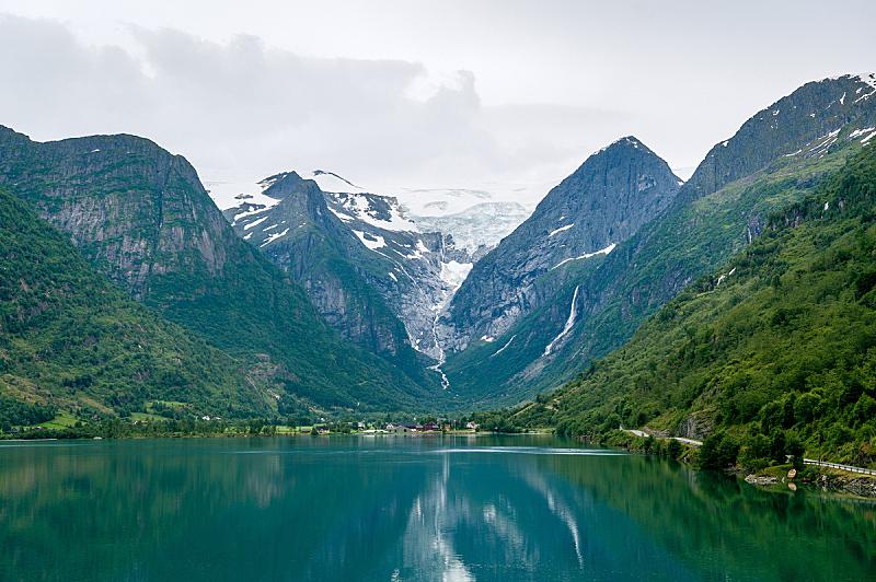 布里克斯代伦冰川,峡湾,水,看风景,约斯特谷冰原,陡峭,挪威,旅途,斯堪的纳维亚半岛,云