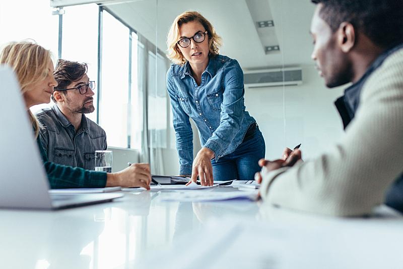 领导能力,商务,女商人,办公室,脑风暴,水平画幅,会议,人群,商务会议,白人