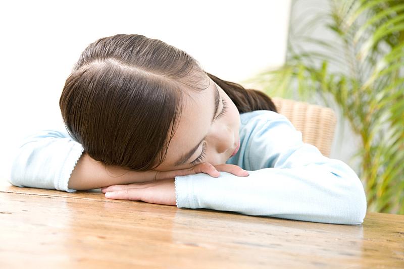 女孩,书桌,桌子,水平画幅,亚洲,日本,一个人,人,生活方式,疲劳的