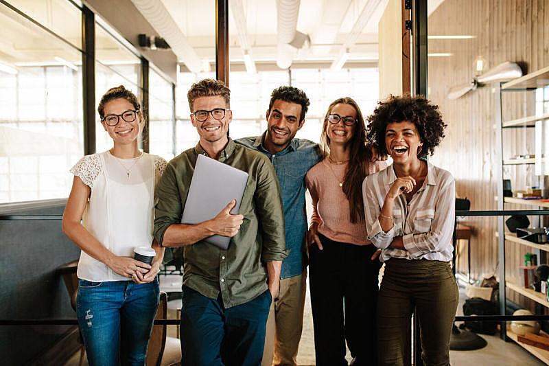 商务,创造力,团队,青年人,专业人员,多种族,乐趣,创作行业,注视镜头,人群
