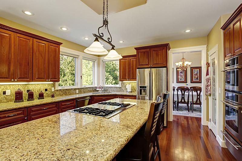 灶台,厨房,硬木地板,传统,黑色,尼斯,窗户,住宅房间,水平画幅,吧椅
