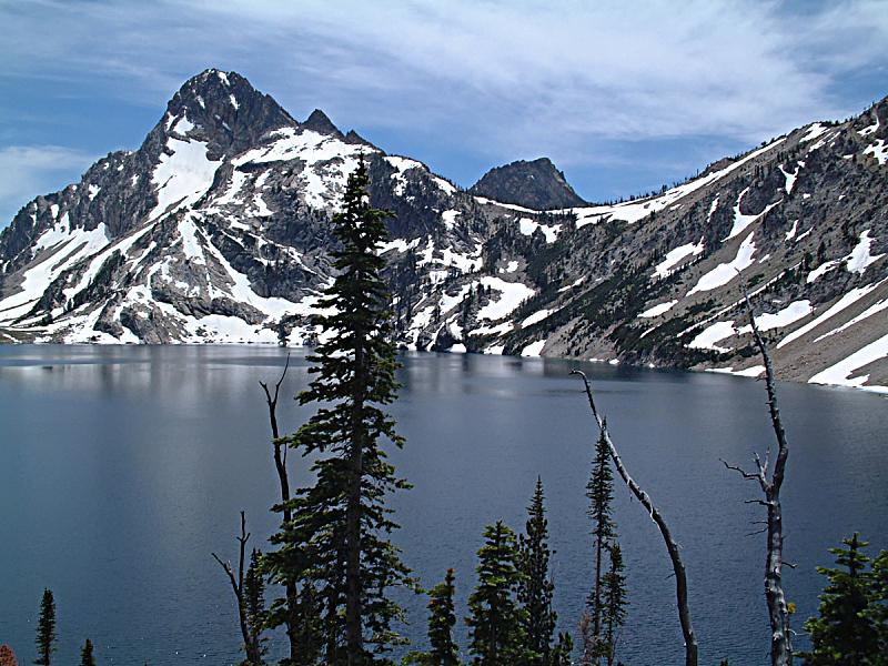 湖,锯齿山脉,五只动物,水,天空,水平画幅,雪,无人,户外,干净