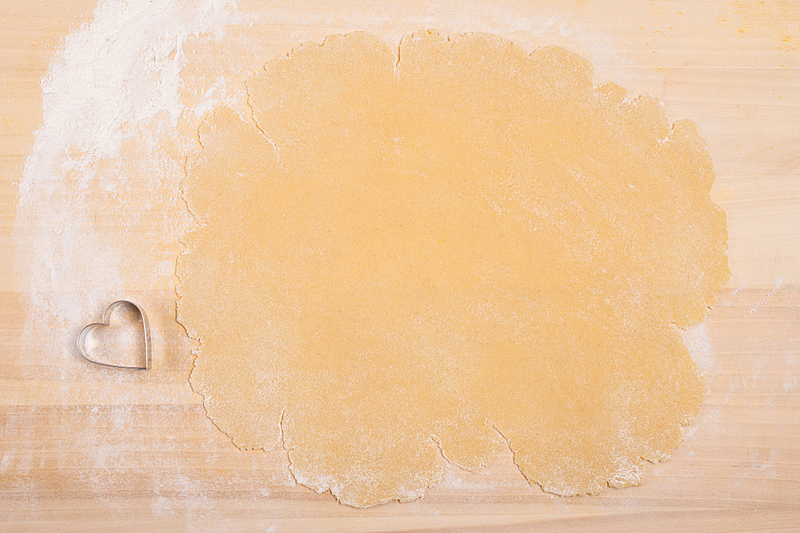 面粉,心型,小麦面团,接力赛,饼干,桌子,水平画幅,形状,木制