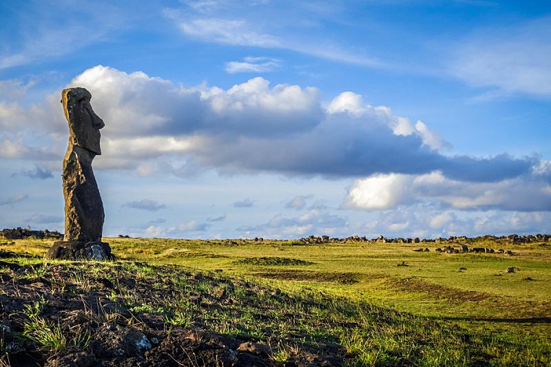 莫阿尼雕塑群,复活节岛 ,亚虎瑙瑙雕像群,杭阿罗阿,国际著名景点,秘密,传统,云景,太平洋岛屿,世界遗产
