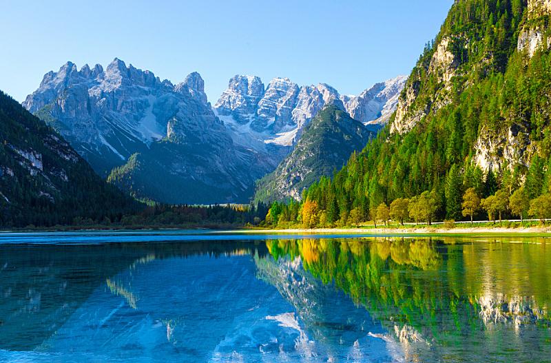 湖,苏打,看风景,环境,雪,户外,天空,多洛米蒂山脉,意大利,草地