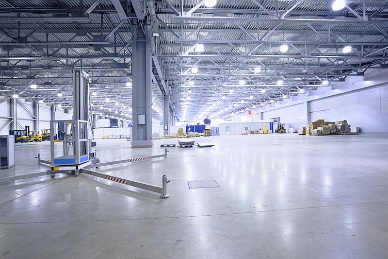 仓库,水泥地,大型商场,飞机库,叉车,屋顶横梁,新的,天花板,灯,金属