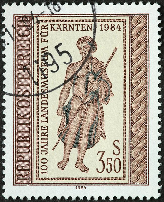 奥地利,登山杖,简单,老年人,牧羊人之杖,垂直画幅,长袍,摄影