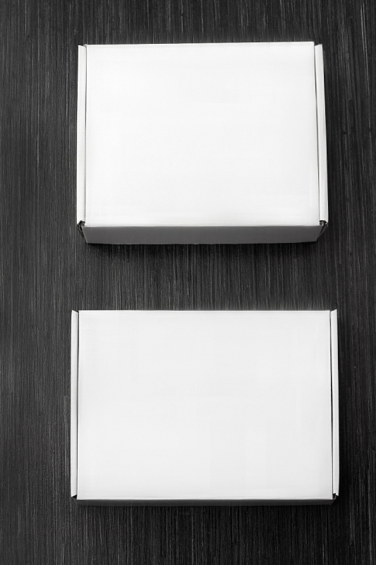 木材,盒子,两个物体,看风景,关闭的,纸盒,黑色,背景,分离着色,上装