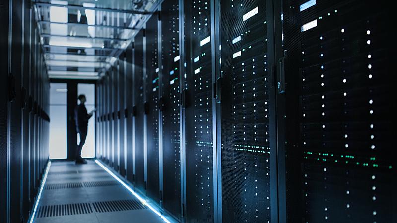 网络服务器,数据,技术员,互联网,焦点,巨型电子计算机,弱点,硬盘驱动器,贮藏室,云计算