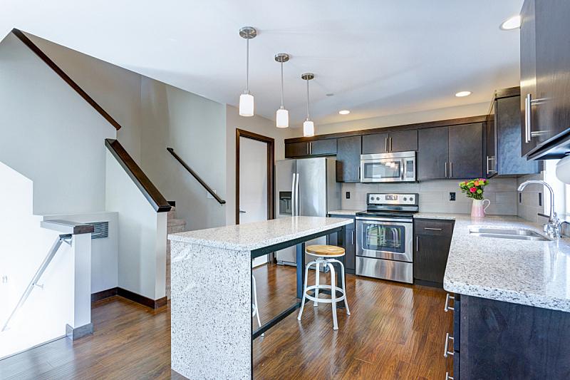 厨房,计划书,易接近性,宽的,新的,水平画幅,无人,巨大的,天花板,家具
