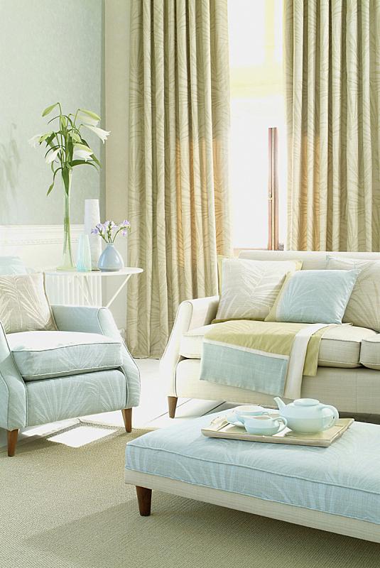 室内,起居室,沙发,三个人,椅子,垂直画幅,住宅内部,房屋