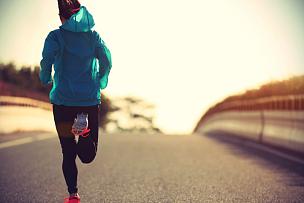 青年人,运动,路,慢跑,女人,留白,黑发,古典式,仅成年人,冬衣