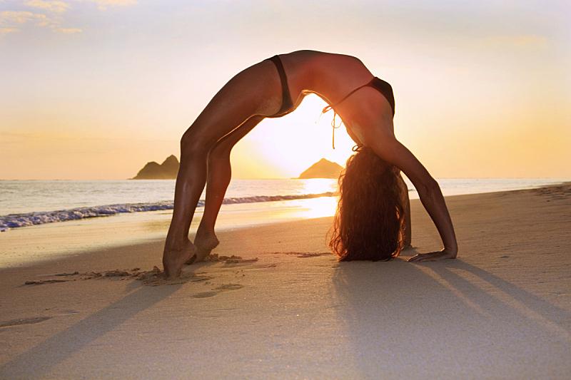 海滩,瑜伽,青年女人,自然美,水平画幅,拉尼凯海滩,户外,青年人,彩色图片